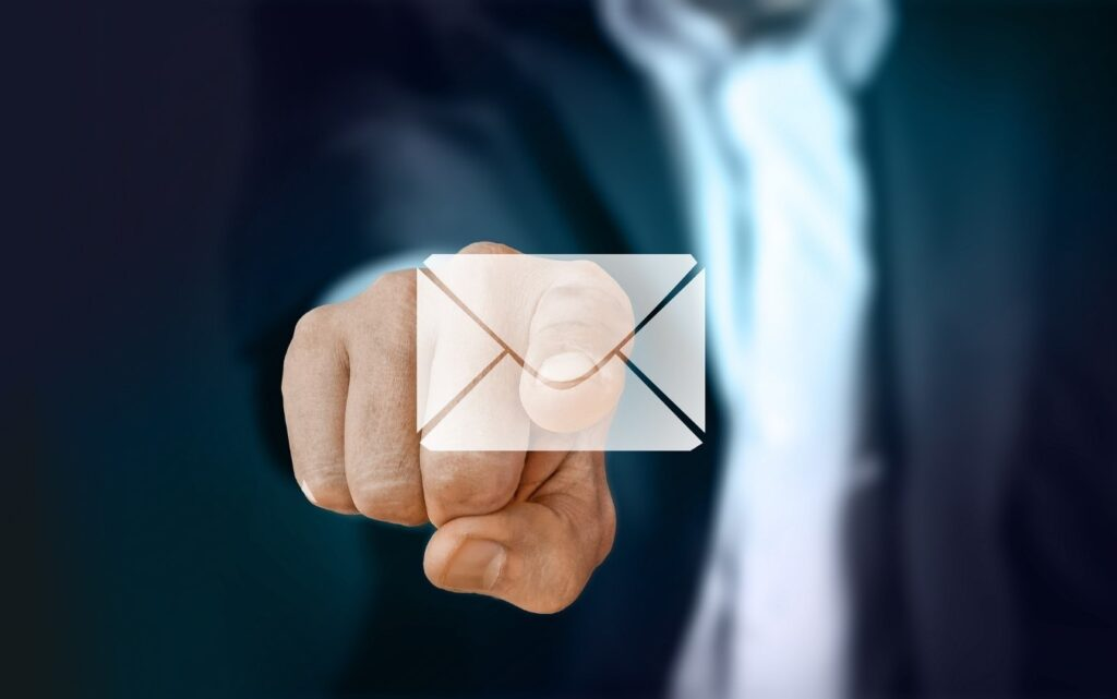 estrategia email marketing hotel