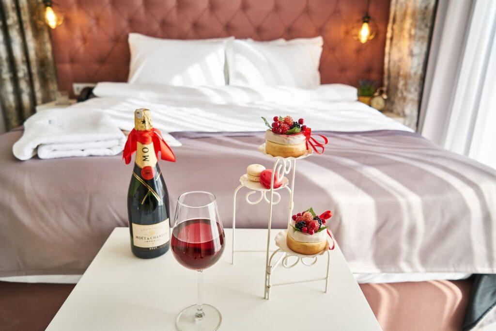 valentines-day-hotel
